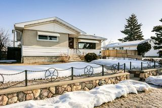 Main Photo:  in Edmonton: Zone 02 House for sale : MLS®# E4192999