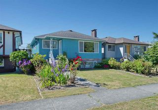 Photo 1: 330 E 50TH Avenue in Vancouver: South Vancouver House for sale (Vancouver East)  : MLS®# R2480343