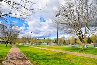 "Photo 33: 401 2477 KELLY Avenue in Port Coquitlam: Central Pt Coquitlam Condo for sale in ""SOUTH VERDE"" : MLS®# R2489292"