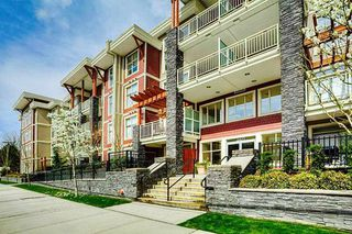 "Photo 1: 401 2477 KELLY Avenue in Port Coquitlam: Central Pt Coquitlam Condo for sale in ""SOUTH VERDE"" : MLS®# R2489292"