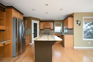 Photo 3: 144 Breukel Crescent: Fort McMurray Detached for sale : MLS®# A1045427