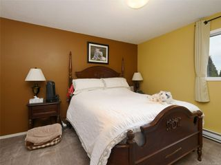 Photo 7: 1227 Carlisle Ave in : Es Saxe Point Half Duplex for sale (Esquimalt)  : MLS®# 862144