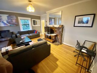 Photo 4: 312 E KEITH Road in North Vancouver: Central Lonsdale House for sale : MLS®# R2526302