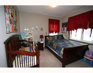 Photo 11: 502 8000 WENTWORTH Drive SW in CALGARY: West Springs Stacked Townhouse for sale (Calgary)  : MLS®# C3408202