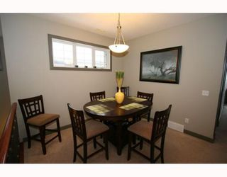 Photo 2: 502 8000 WENTWORTH Drive SW in CALGARY: West Springs Stacked Townhouse for sale (Calgary)  : MLS®# C3408202