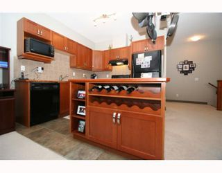 Photo 13: 502 8000 WENTWORTH Drive SW in CALGARY: West Springs Stacked Townhouse for sale (Calgary)  : MLS®# C3408202