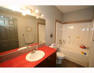 Photo 10: 502 8000 WENTWORTH Drive SW in CALGARY: West Springs Stacked Townhouse for sale (Calgary)  : MLS®# C3408202