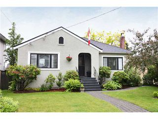 Photo 1: 1528 LONDON Street in New Westminster: West End NW House for sale : MLS®# V837064