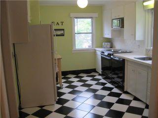 Photo 5: 321 CENTENNIAL Street in WINNIPEG: River Heights / Tuxedo / Linden Woods Residential for sale (South Winnipeg)  : MLS®# 1012366