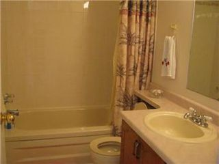 Photo 12: 403 Kenderdine Road in Saskatoon: Erindale Single Family Dwelling for sale (Saskatoon Area 01)  : MLS®# 385639