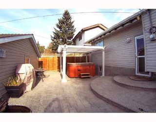 Photo 9: 4031 DOVERVIEW Drive SE in CALGARY: Dover Glen Residential Detached Single Family for sale (Calgary)  : MLS®# C3353735