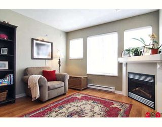 """Photo 3: 42 20761 DUNCAN Way in Langley: Langley City Townhouse for sale in """"WYNDHAM LANE"""" : MLS®# F2913765"""