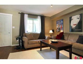 """Photo 4: 42 20761 DUNCAN Way in Langley: Langley City Townhouse for sale in """"WYNDHAM LANE"""" : MLS®# F2913765"""