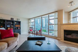 "Photo 8: 803 98 TENTH Street in New Westminster: Downtown NW Condo for sale in ""Plaza Pointe"" : MLS®# R2408146"