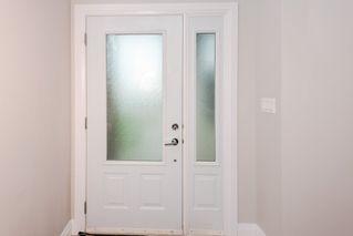 Photo 2: 17355 11 Avenue in Edmonton: Zone 56 House for sale : MLS®# E4181466