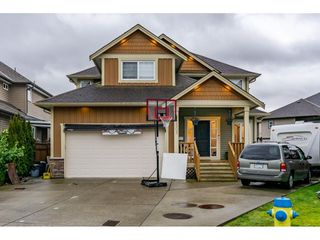 Photo 1: 32502 ABERCROMBIE Place in Mission: Mission BC House for sale : MLS®# R2433206