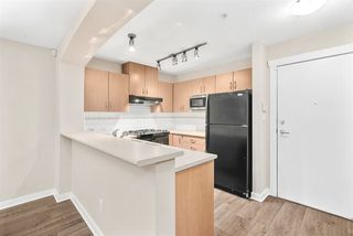 Photo 4: 210 2988 SILVER SPRINGS Boulevard in Coquitlam: Westwood Plateau Condo for sale : MLS®# R2453898