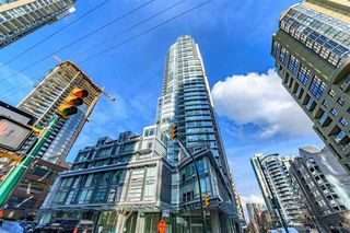 Photo 2: 3407 1283 HOWE Street in Vancouver: Downtown VW Condo for sale (Vancouver West)  : MLS®# R2454984
