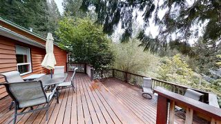 """Photo 2: 2220 MAPLE Road: Gambier Island House for sale in """"Gambier Harbour"""" (Sunshine Coast)  : MLS®# R2493314"""