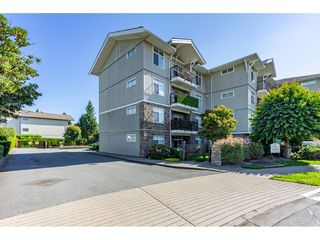 "Photo 1: 104 33255 OLD YALE Road in Abbotsford: Central Abbotsford Condo for sale in ""The Brixton"" : MLS®# R2497959"