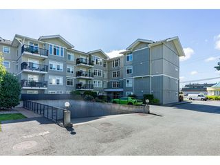 "Photo 3: 104 33255 OLD YALE Road in Abbotsford: Central Abbotsford Condo for sale in ""The Brixton"" : MLS®# R2497959"