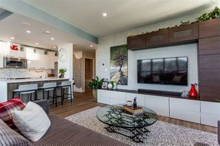 """Photo 3: 1811 989 NELSON Street in Vancouver: Downtown VW Condo for sale in """"ELECTRA"""" (Vancouver West)  : MLS®# R2513280"""