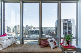 """Photo 9: 1811 989 NELSON Street in Vancouver: Downtown VW Condo for sale in """"ELECTRA"""" (Vancouver West)  : MLS®# R2513280"""