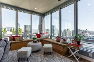"""Photo 7: 1811 989 NELSON Street in Vancouver: Downtown VW Condo for sale in """"ELECTRA"""" (Vancouver West)  : MLS®# R2513280"""