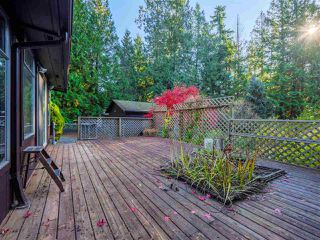 "Photo 17: 8027 WILDWOOD Road in Halfmoon Bay: Halfmn Bay Secret Cv Redroofs House for sale in ""WELCOME WOODS"" (Sunshine Coast)  : MLS®# R2516245"