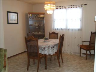 Photo 3: 940 Consol Avenue in WINNIPEG: East Kildonan Residential for sale (North East Winnipeg)  : MLS®# 1001070