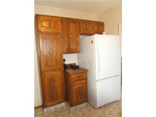 Photo 5: 940 Consol Avenue in WINNIPEG: East Kildonan Residential for sale (North East Winnipeg)  : MLS®# 1001070