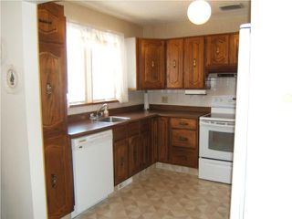 Photo 4: 940 Consol Avenue in WINNIPEG: East Kildonan Residential for sale (North East Winnipeg)  : MLS®# 1001070