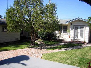 Photo 7: MISSION HILLS House for sale : 3 bedrooms : 4383 Trias in San Diego