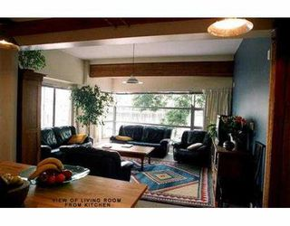 Photo 2: 201 609 STAMPS LANDING BB in Vancouver: False Creek Townhouse for sale (Vancouver West)  : MLS®# V540102