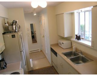 """Photo 6: 103 8728 MARINE Drive in Vancouver: Marpole Condo for sale in """"RIVERVIEW COURT"""" (Vancouver West)  : MLS®# V757046"""