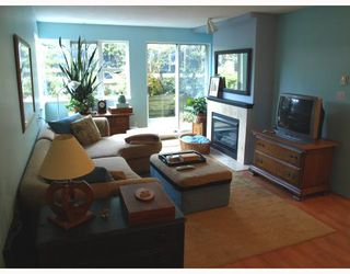 """Photo 4: 103 8728 MARINE Drive in Vancouver: Marpole Condo for sale in """"RIVERVIEW COURT"""" (Vancouver West)  : MLS®# V757046"""