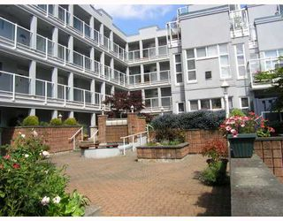 "Photo 3: 103 8728 MARINE Drive in Vancouver: Marpole Condo for sale in ""RIVERVIEW COURT"" (Vancouver West)  : MLS®# V757046"