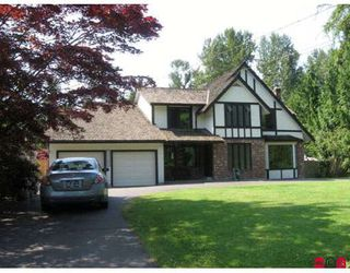 Photo 1: 24260 46A Avenue in Langley: Langley City House for sale : MLS®# F2912273
