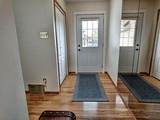 Photo 2: 16056 123 Street in Edmonton: Zone 27 House for sale : MLS®# E4177593