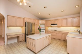 Photo 8: 11 Running Creek Point in Edmonton: Zone 16 House for sale : MLS®# E4178222