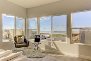 Photo 10: IMPERIAL BEACH House for sale : 4 bedrooms : 1251 Cypress Ave