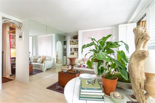 """Photo 2: 1805 1740 COMOX Street in Vancouver: West End VW Condo for sale in """"THE SANDPIPER"""" (Vancouver West)  : MLS®# R2464694"""