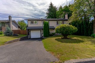 Photo 2: 3824 BROOM Place in Port Coquitlam: Oxford Heights House for sale : MLS®# R2481035