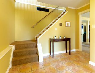 Photo 10: 3824 BROOM Place in Port Coquitlam: Oxford Heights House for sale : MLS®# R2481035