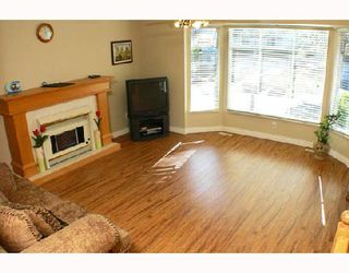 Photo 2: 12350 NIKOLA Street in Pitt_Meadows: Central Meadows House for sale (Pitt Meadows)  : MLS®# V720572