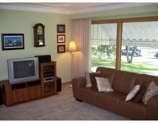 Photo 3: 17 AMARYNTH in WINNIPEG: Westwood / Crestview Residential for sale (West Winnipeg)  : MLS®# 2816389