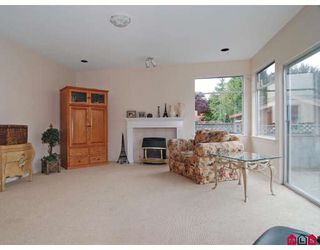 """Photo 5: 8475 214A Street in Langley: Walnut Grove House for sale in """"FOREST HILLS"""" : MLS®# F2828746"""