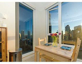 "Photo 6: 1010 RICHARDS Street in Vancouver: Downtown VW Condo for sale in ""THE GALLERY"" (Vancouver West)  : MLS®# V628281"