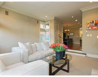 Photo 3: 1786 W 15TH Avenue in Vancouver: Fairview VW House 1/2 Duplex for sale (Vancouver West)  : MLS®# V757566