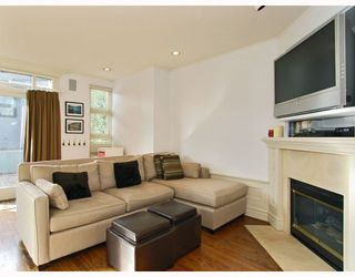 Photo 8: 1786 W 15TH Avenue in Vancouver: Fairview VW House 1/2 Duplex for sale (Vancouver West)  : MLS®# V757566